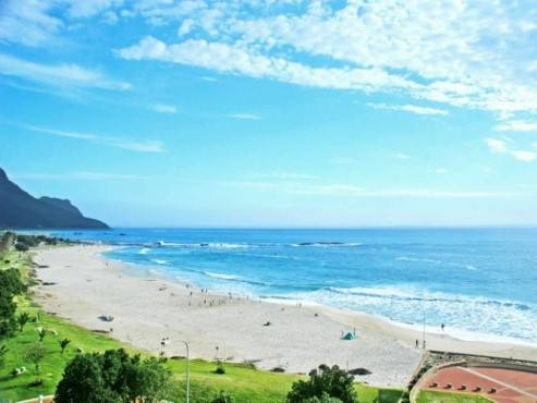 Immaculate Two Bedroom Apartment, Camps Bay, South Africa, best North American and South American hotel destinations in Camps Bay