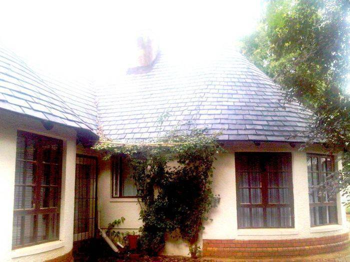 Lodge and Backpacker Rosebank, Johannesburg, South Africa, South Africa hotels and hostels