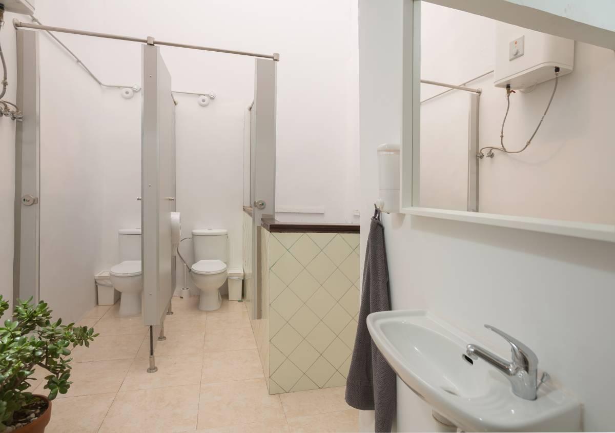 Avocado Surf Hostel, Las Palmas de Gran Canaria, Spain, hotels with handicap rooms and access for disabilities in Las Palmas de Gran Canaria