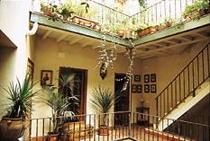 Casa Del Buen Viaje, Sevilla, Spain, local tips and recommendations for hotels, motels, hostels and B&Bs in Sevilla