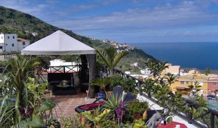 Apartamentos San Antonio - Search available rooms for hotel and hostel reservations in Santa Cruz de Tenerife 63 photos