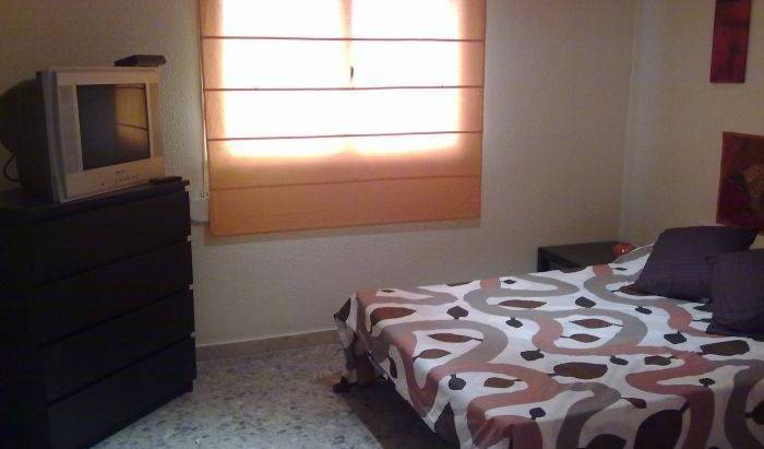Best Choice Rooms - Search for free rooms and guaranteed low rates in Malaga, ES 8 photos