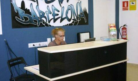 Graffiti Hostel - Get low hotel rates and check availability in Barcelona, holiday reservations 9 photos