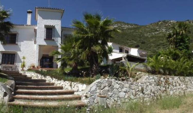 Reina Mora Guest House BnB, top quality hotels in Alhaurín el Grande, Spain 14 photos