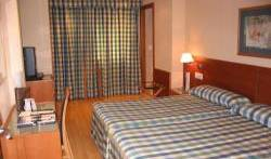 Zenit Hoteles - Search available rooms for hotel and hostel reservations in Zaragoza 2 photos