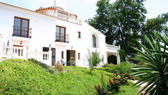 La Finca Blanca, Alora, Spain, Spain hotels and hostels