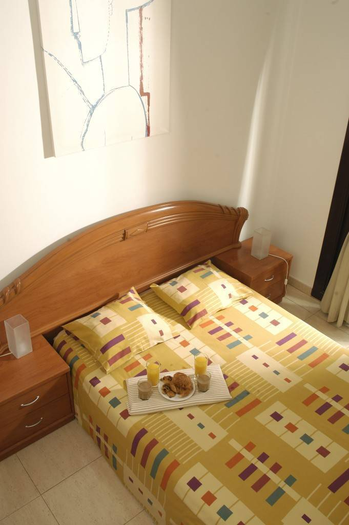 Las Ramblas I Apartments, Barcelona, Spain, hotels with free breakfast in Barcelona