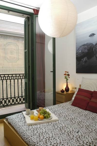 Las Ramblas III Apartments, Barcelona, Spain, Spain hotels and hostels