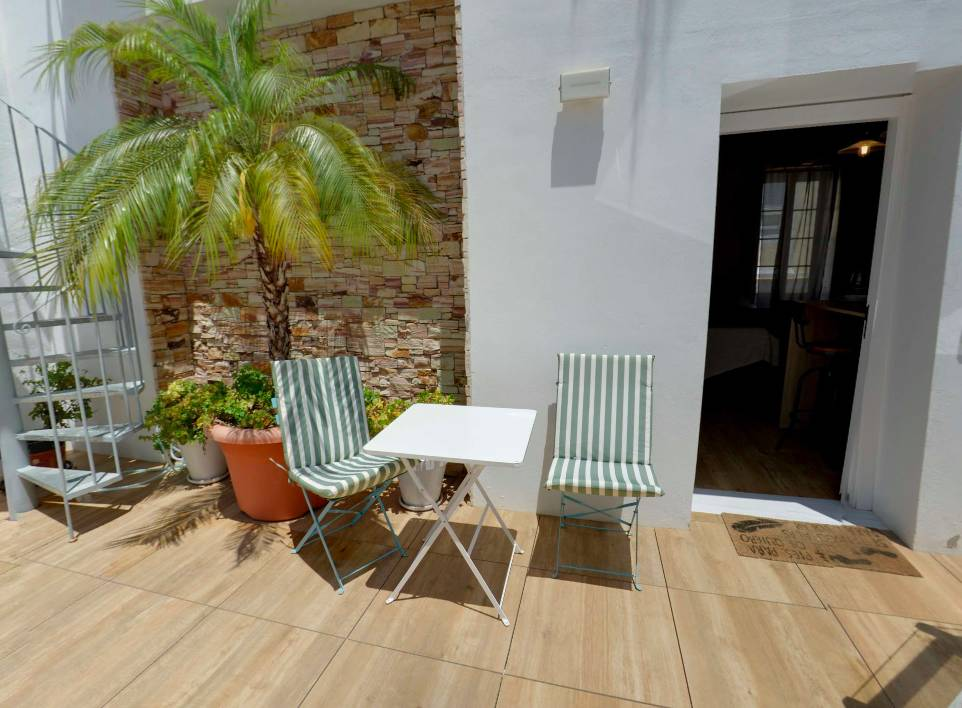 Rosario Uno Aparthotel, Cadiz, Spain, international backpacking and backpackers hostels in Cadiz