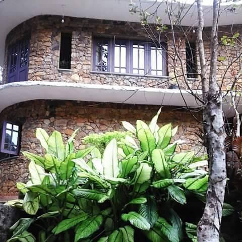 Kithulgala Rock Bunglow, Kegalle, Sri Lanka, Sri Lanka hotels and hostels