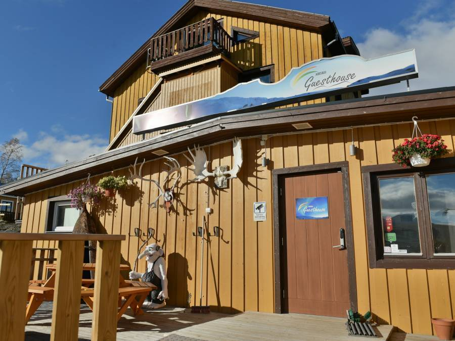 Abisko Guesthouse, Abisko, Sweden, hotels available in thousands of cities around the world in Abisko