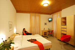 Hotel Camelia Locarno, Locarno, Switzerland, hostels and backpacking in Locarno