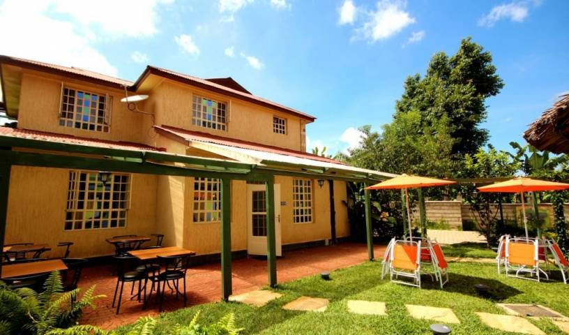 Crest Safari Lodge - Search available rooms for hotel and hostel reservations in Arusha 5 photos