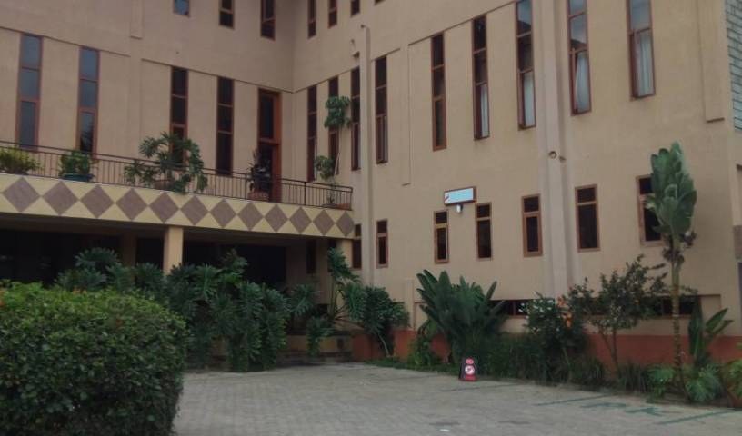 Lush Garden Hotel - Search for free rooms and guaranteed low rates in Arusha, reserve popular hostels with good prices 5 photos