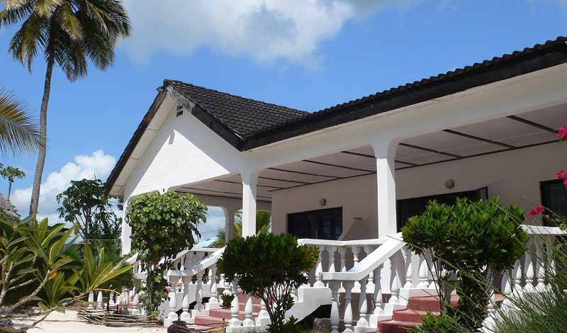 Uroa White Villa - Get low hotel rates and check availability in Uroa 30 photos