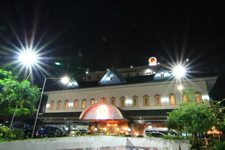 13 Coins Hotel Ngam Wong Wan, Ban Bang Muang, Thailand, Thailand hotels and hostels