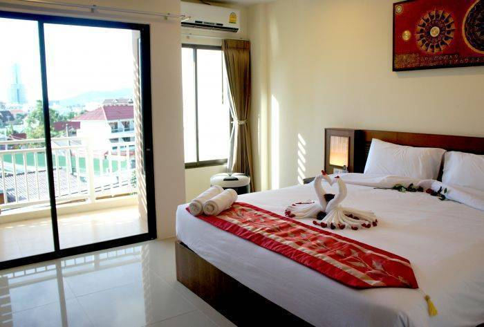Abbey Road Hotel, Patong Beach, Thailand, Thailand hostels and hotels