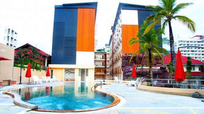 Andatel Grande Patong Phuket, Patong Beach, Thailand, compare with famous sites for hotel bookings in Patong Beach