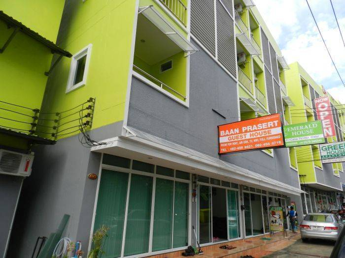 Baan Prasert Guesthouse, Patong Beach, Thailand, Thailand hotels and hostels