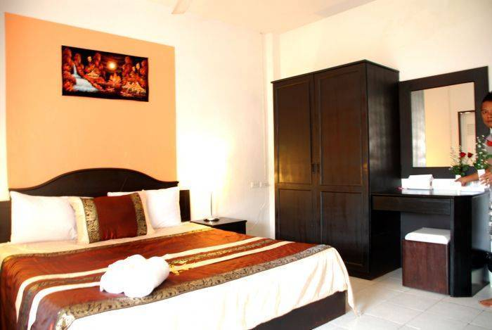 Casa Bonita Guesthouse, Patong Beach, Thailand, get travel routes and how to get there in Patong Beach