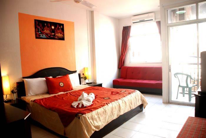 Casa Bonita Guesthouse, Patong Beach, Thailand, Thailand hotels and hostels
