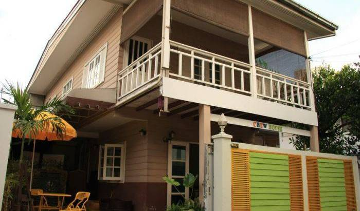 Chewhouse - Search available rooms for hotel and hostel reservations in Bang Kho Laem, hotels with travel insurance for your booking in Bang Phlat, Thailand 17 photos