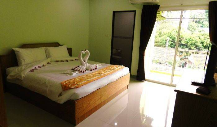 Emerald House, UPDATED 2018 best hotels for vacations in Ban Patong, Thailand 8 photos