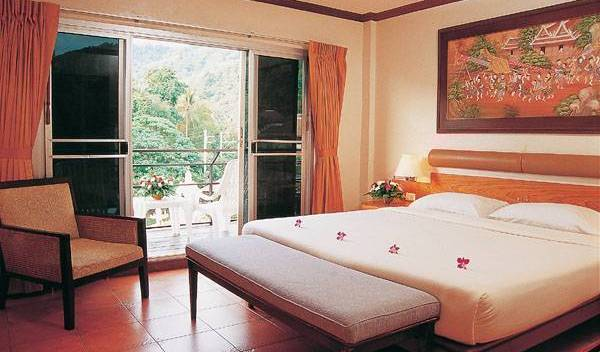 Local Motion Inn - Search for free rooms and guaranteed low rates in Phuket 20 photos