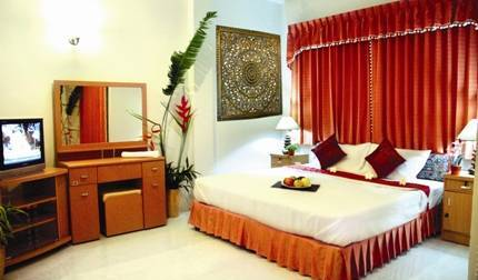 Loveli Boutique Guesthouse Phuket - Get low hotel rates and check availability in Patong Beach 4 photos