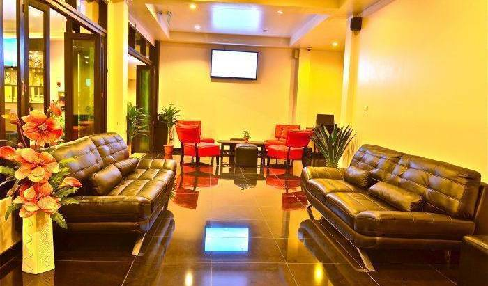 Noble House, hotel bookings 170 photos