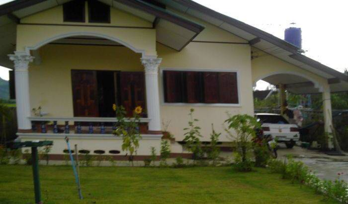 Thomas's Place - Search available rooms for hotel and hostel reservations in Thoeng 1 photo
