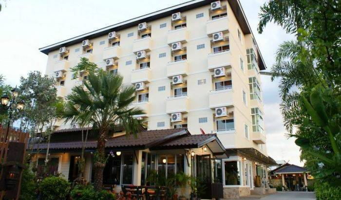 Thong Ta Resort - Search available rooms for hotel and hostel reservations in Lat Krabang 26 photos