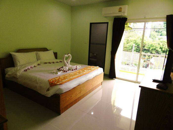 Emerald House, Ban Patong, Thailand, Thailand hostels and hotels