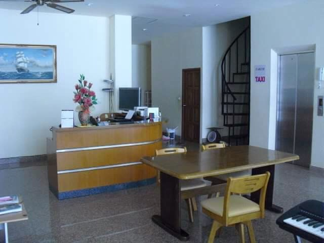 Jomtien Seaside House, Pattaya, Thailand, hotels and rooms with views in Pattaya