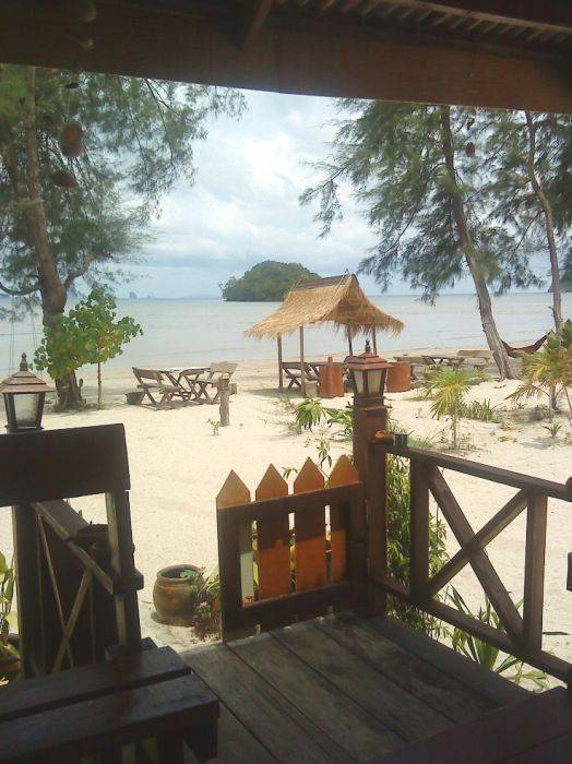 P.A.N. Beach Bungalows, Phi Phi Don, Thailand, hotels within walking distance to attractions and entertainment in Phi Phi Don