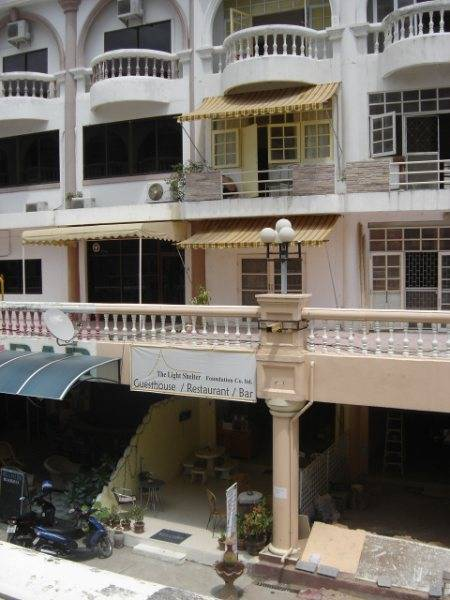 The Light Shelter Guesthouse, Jomtien, Thailand, backpackers and backpacking hotels in Jomtien