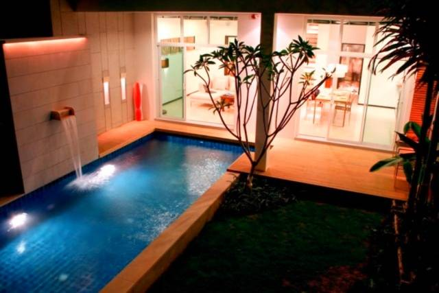 Two Villas Holiday: Oxygen Naiharn, Phuket, Thailand, Thailand hostels and hotels