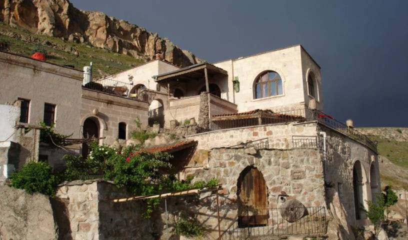 Akkoy Evleri Caves - Search available rooms for hotel and hostel reservations in Urgup 14 photos