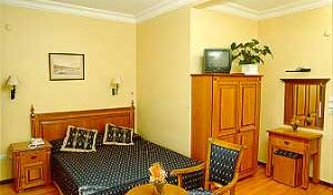 Saba Hotel - Get low hotel rates and check availability in Istanbul, Kumkap?, Turkey hotels and hostels 7 photos