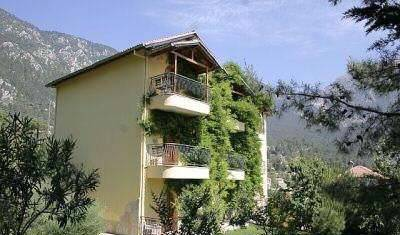 Villa Il Castello - Search available rooms for hotel and hostel reservations in Beycik 1 photo