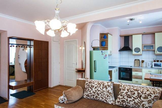 Main Street Apartment, Dnipropetrovsk, Ukraine, rural hotels and hostels in Dnipropetrovsk