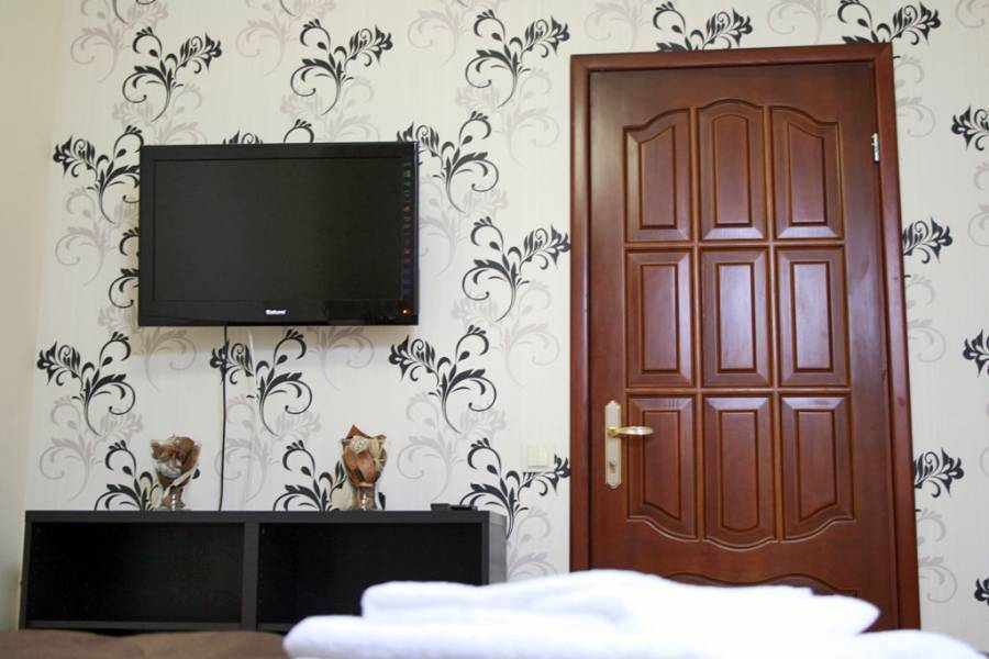 Vandv 2-Room Apartment, Odesa, Ukraine, hotels with free wifi and cable tv in Odesa