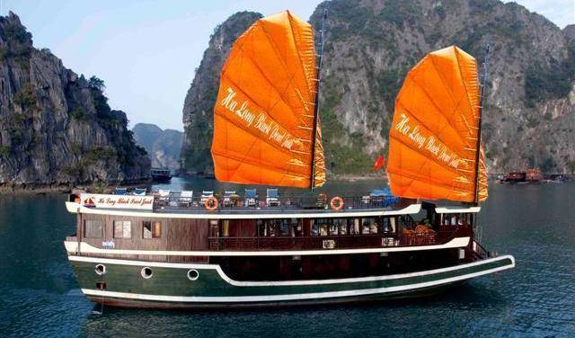 Halong Black Pearl Junk - Search for free rooms and guaranteed low rates in Ha Long 15 photos