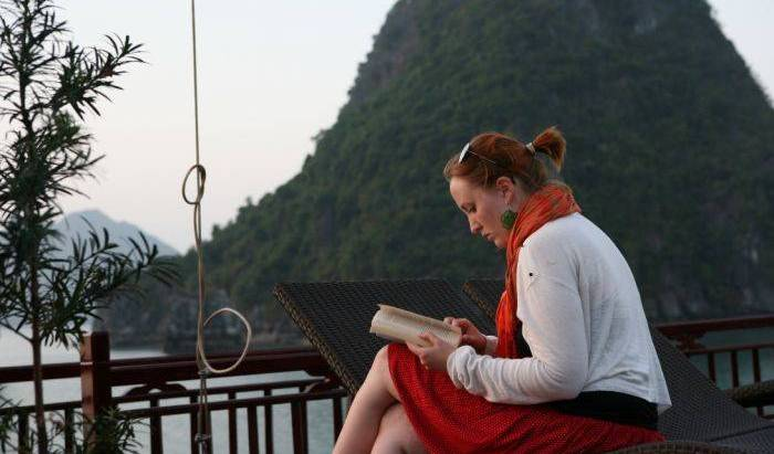 Halong Dragon Cruise 18 photos