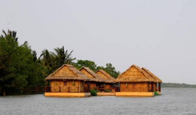 Mekong Floating House, economy hotels 12 photos