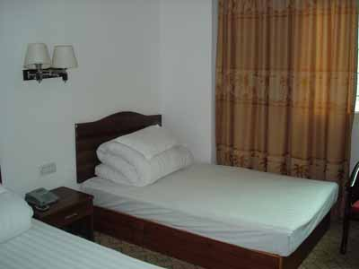 Hanoi Spring Hotel, Ha Noi, Viet Nam, what is a hostel? Ask us and book now in Ha Noi