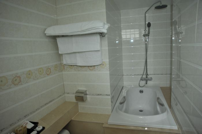 Vega Hotel, Ha Noi, Viet Nam, experience living like a local, when staying at a hotel in Ha Noi
