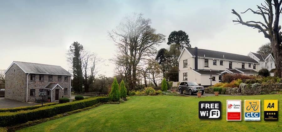 Penrhadw Farm, Merthyr Tydfil, Wales, Wales hotels and hostels