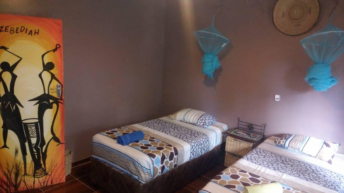 Mambo Backpackers Village, Victoria Falls, Zimbabwe, Zimbabwe hotels and hostels