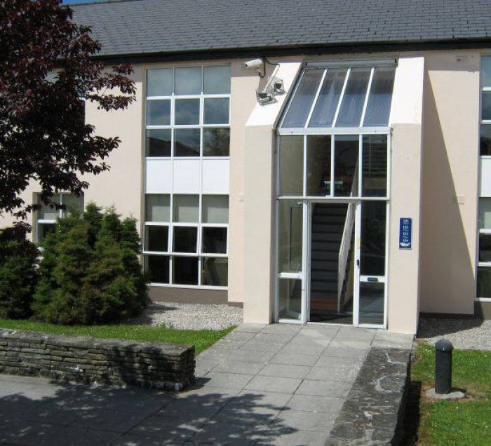 Corrib village reservations galway find rooms at a hotel in corrib village galway solutioingenieria Images